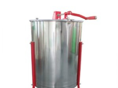 Centrifugal honey extractor with 6 frames