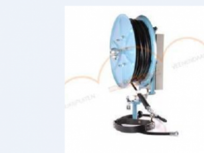 Hose Reel with auto rewind spring